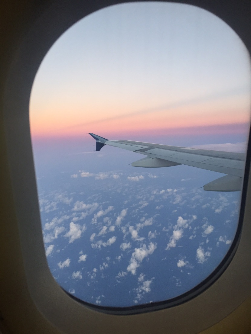 5 ways to occupy yourself on a long haulflight